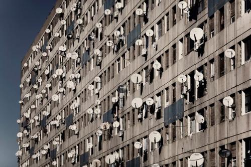 facades-algerie-banlieues-paraboles.jpg