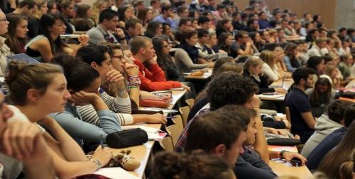 étudiants-en-amphi1-1300x722-1300x660.jpg