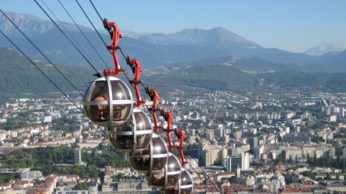 Seilbahn-Grenoble-845x475.jpg