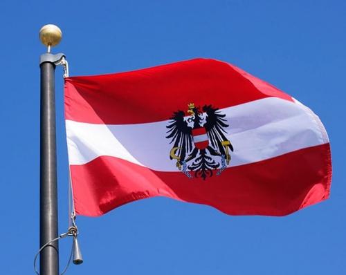 austrian-flag-829x660.jpg