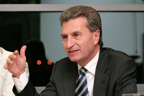 800px-Guenther_oettinger_2007.jpg