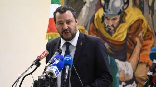 le-ministre-italien-de-l-interieur-matteo-salvini-lors-d-une-conference-de-presse-a-tunis-le-27-septembre-2018_6110104-600x338.jpg