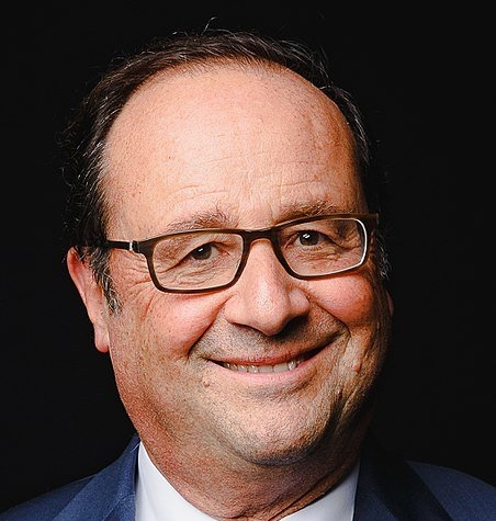 452px-François_Hollande_-_2017_39617330342_cropped-452x475.jpg