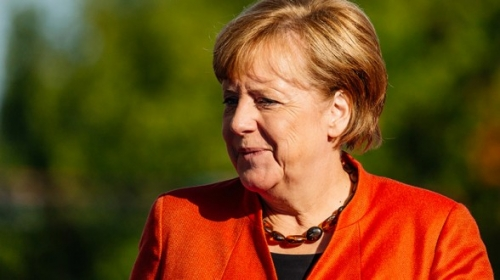 Angela-Merkel-201710-588x330.jpg