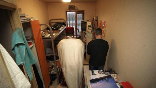 islam-prison.jpg