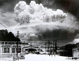 Atomic_cloud_over_Nagasaki_from_Koyagi-jima.jpeg.jpeg