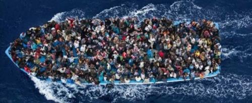 Migrants-Méditerranée-Italie-copie-600x246.jpg