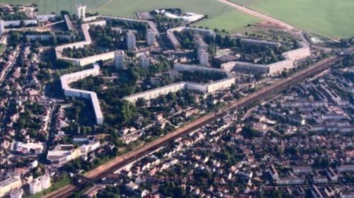 banlieue-depense-trop-588x330.jpg