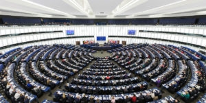 hemicycle-parlement-europeen-strasbourg-300x150.jpg
