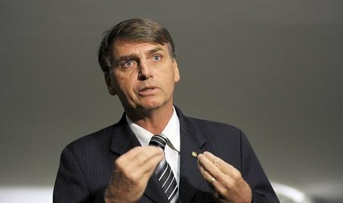 800px-Jair_Bolsonaro_na_câmara_sobre_a_comissão_da_verdade-800x475.jpg
