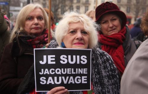 648x415_plusieurs-centaines-personnes-rassemblees-paris-23-janvier-2016-defendre-jacqueline-sauvage.jpg