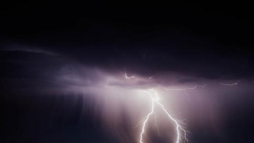 lightning-bolt-768801_960_720-845x475.jpg