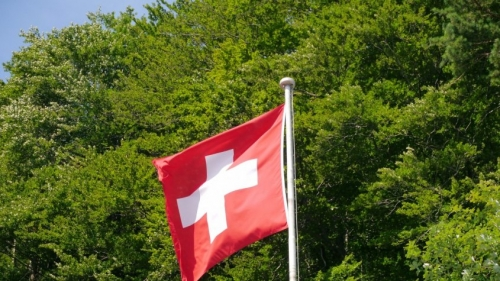 switzerland_flag_swiss_flag_cross_flag_poles-816962-845x475.jpg