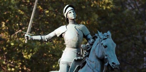 Orleans-la-jeune-metisse-choisie-pour-incarner-Jeanne-d-Arc-victime-d-injures-racistes.jpg